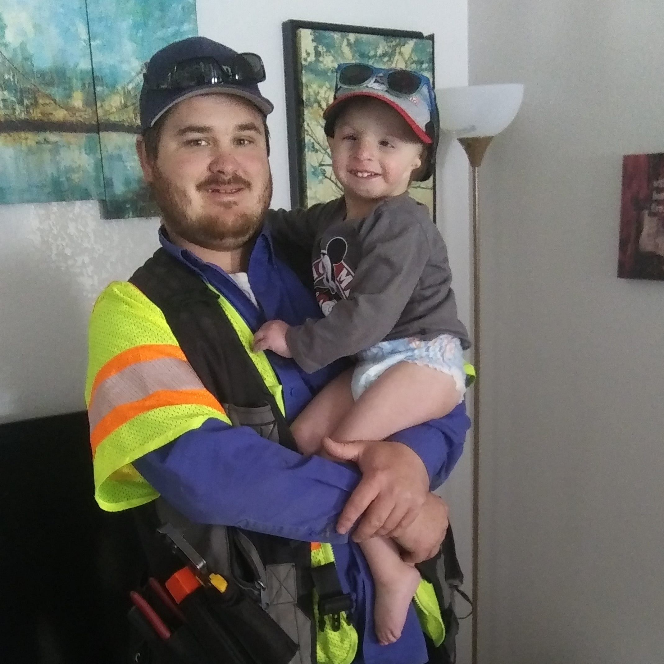 Internet serviceman connects with Gardnerville boy born with medical condition