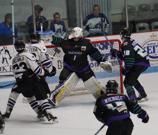 Shreveport Mudbugs goaltender Leo Chuard (1) earned the victory in Game 2 against Lone Star on Saturday.