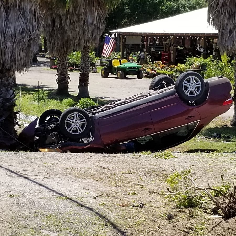 Rollover crash injures 2 people on 66th Avenue in Indian River County