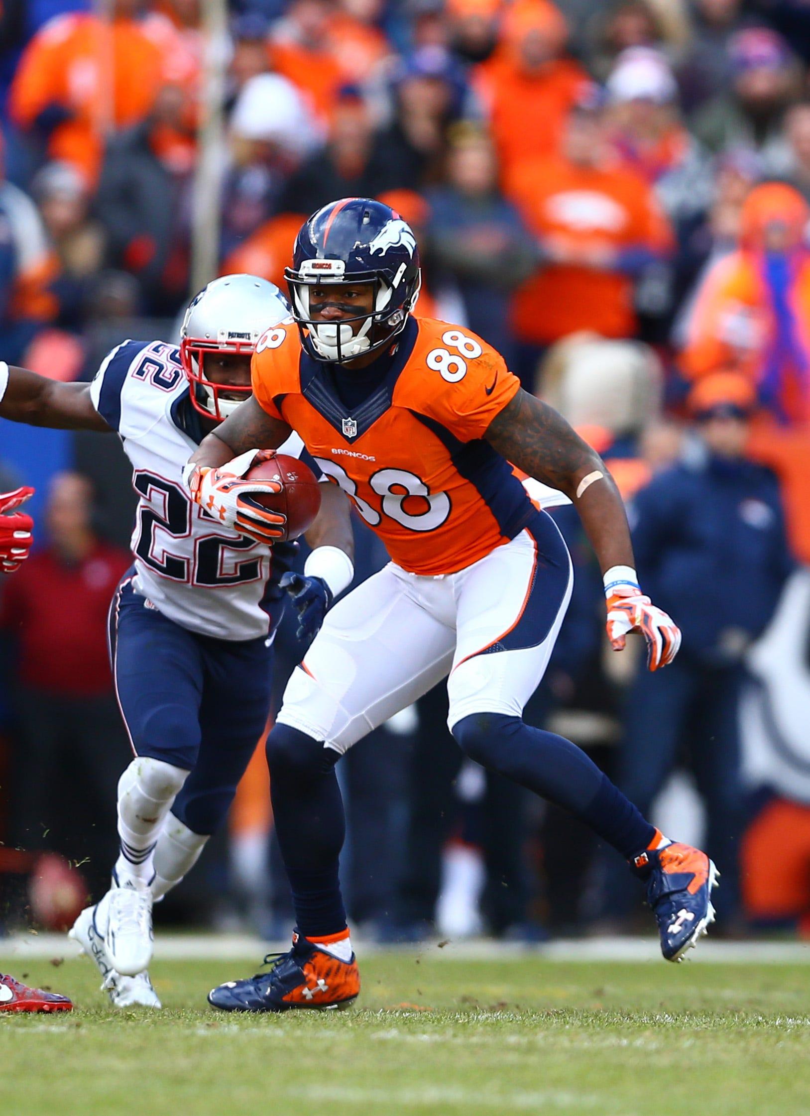 Patriots sign former Pro Bowl wide receiver Demaryius Thomas