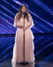 """""""American Idol"""" contestant Alyssa Raghu, 17."""