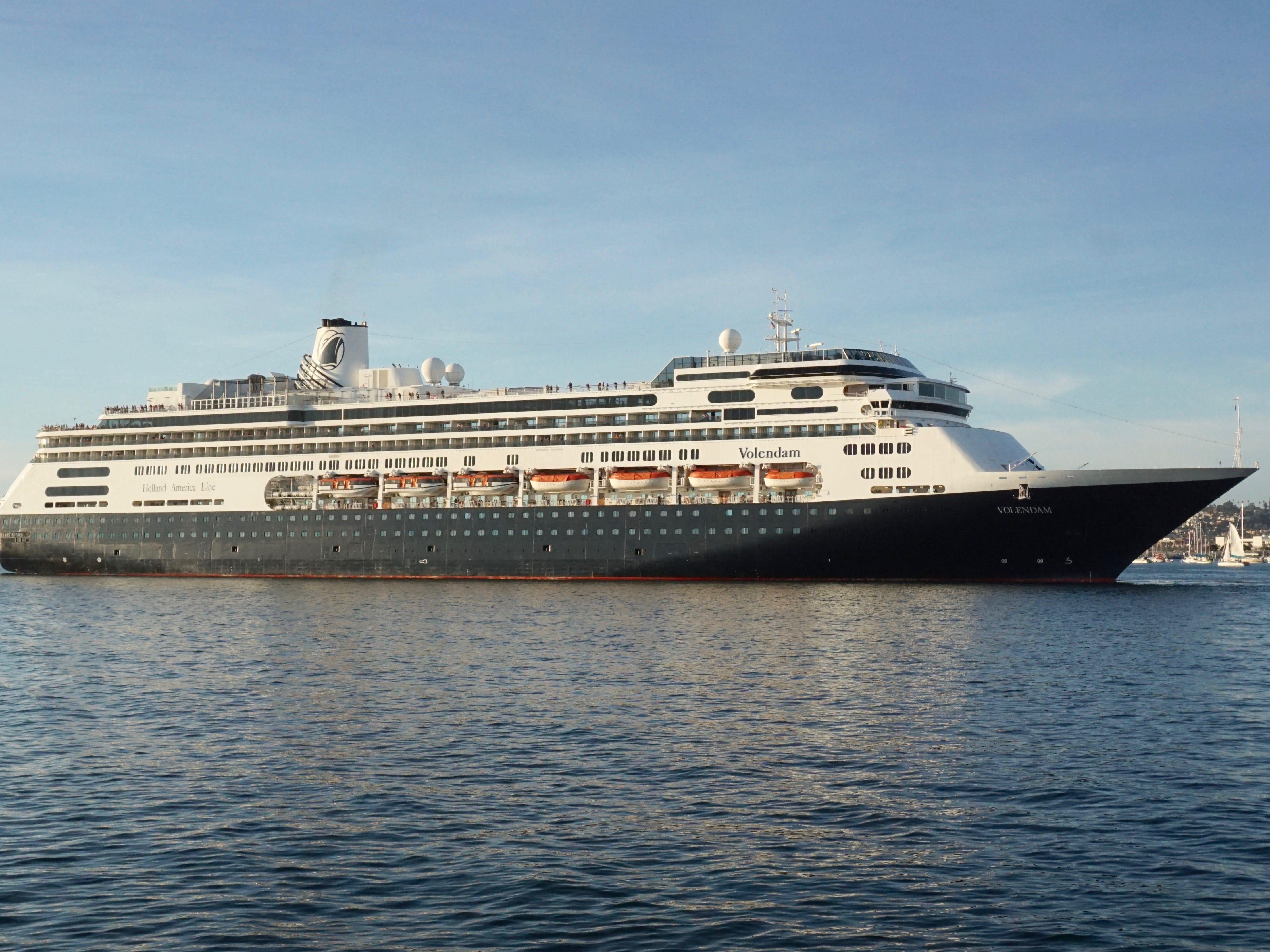 Cruise ship tour: Holland America Line's Volendam