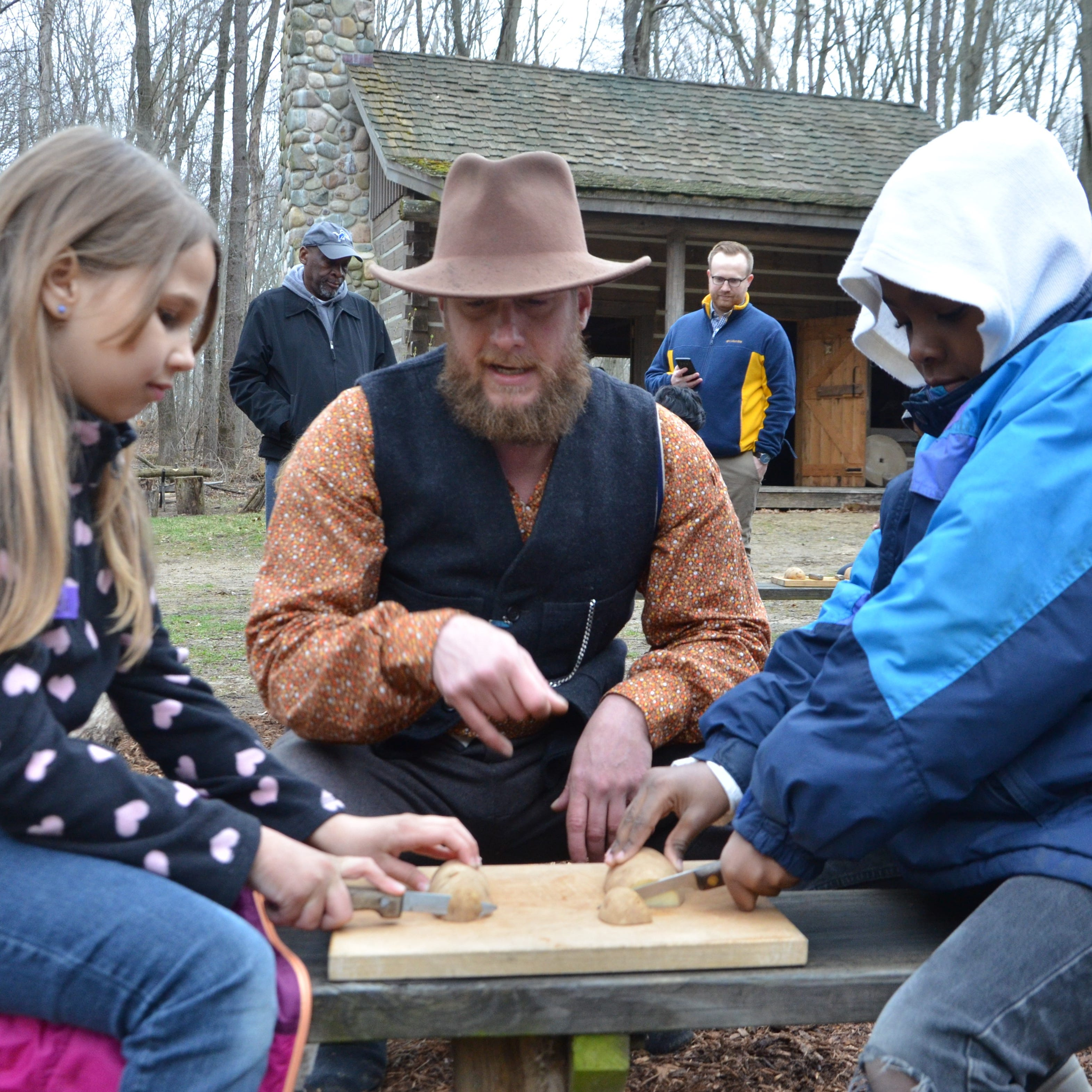 Pioneer Cabin a rite of passage for Battle Creek third graders