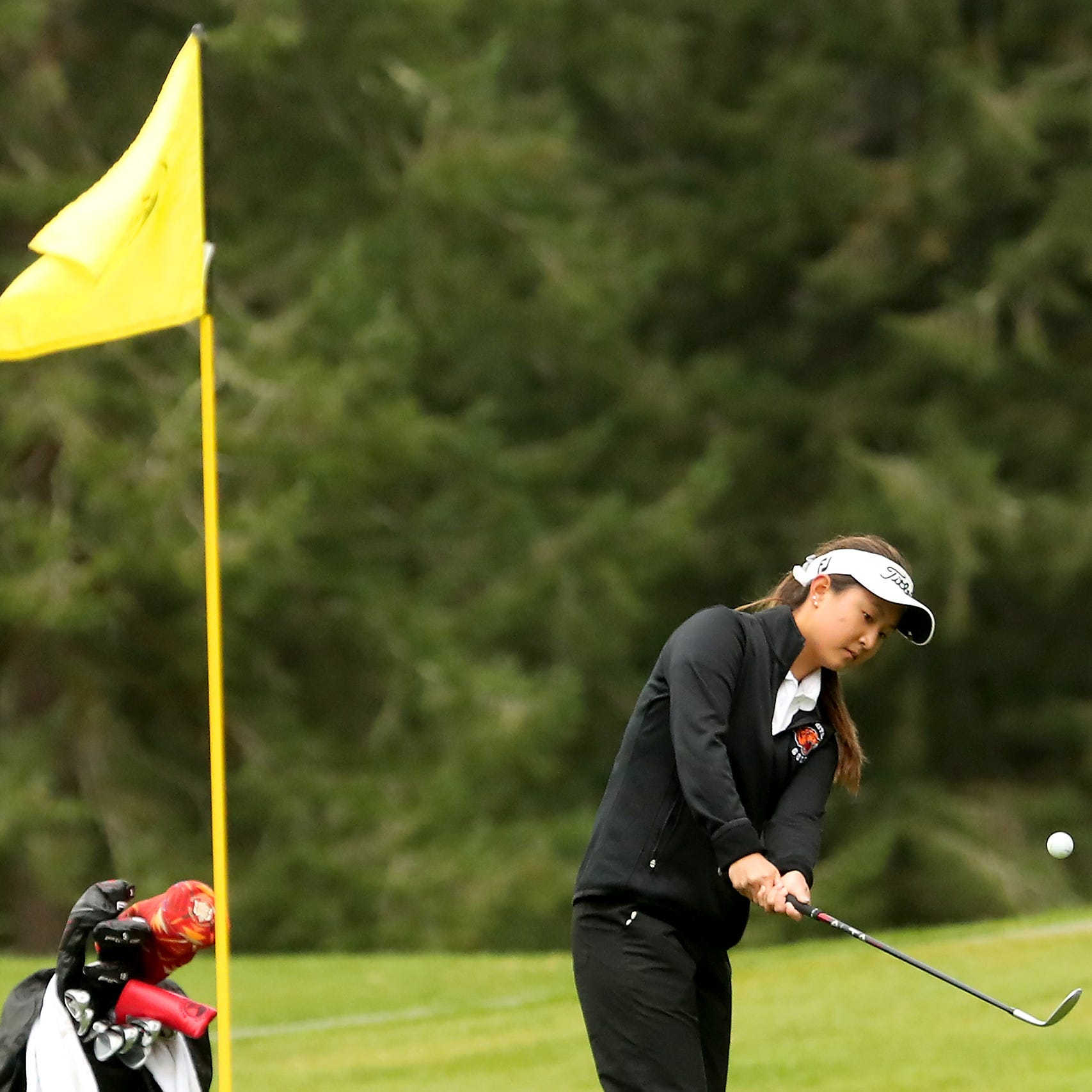 Pressure fueling Central Kitsap's Kwon in her pursuit for her fourth state golf title