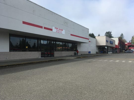 Grocery Outlet will open in Port Orchard's Towne Square Mall in late 2019, according to a spokeswoman for the discount grocery chain that has locations in East Bremerton and Silverdale.