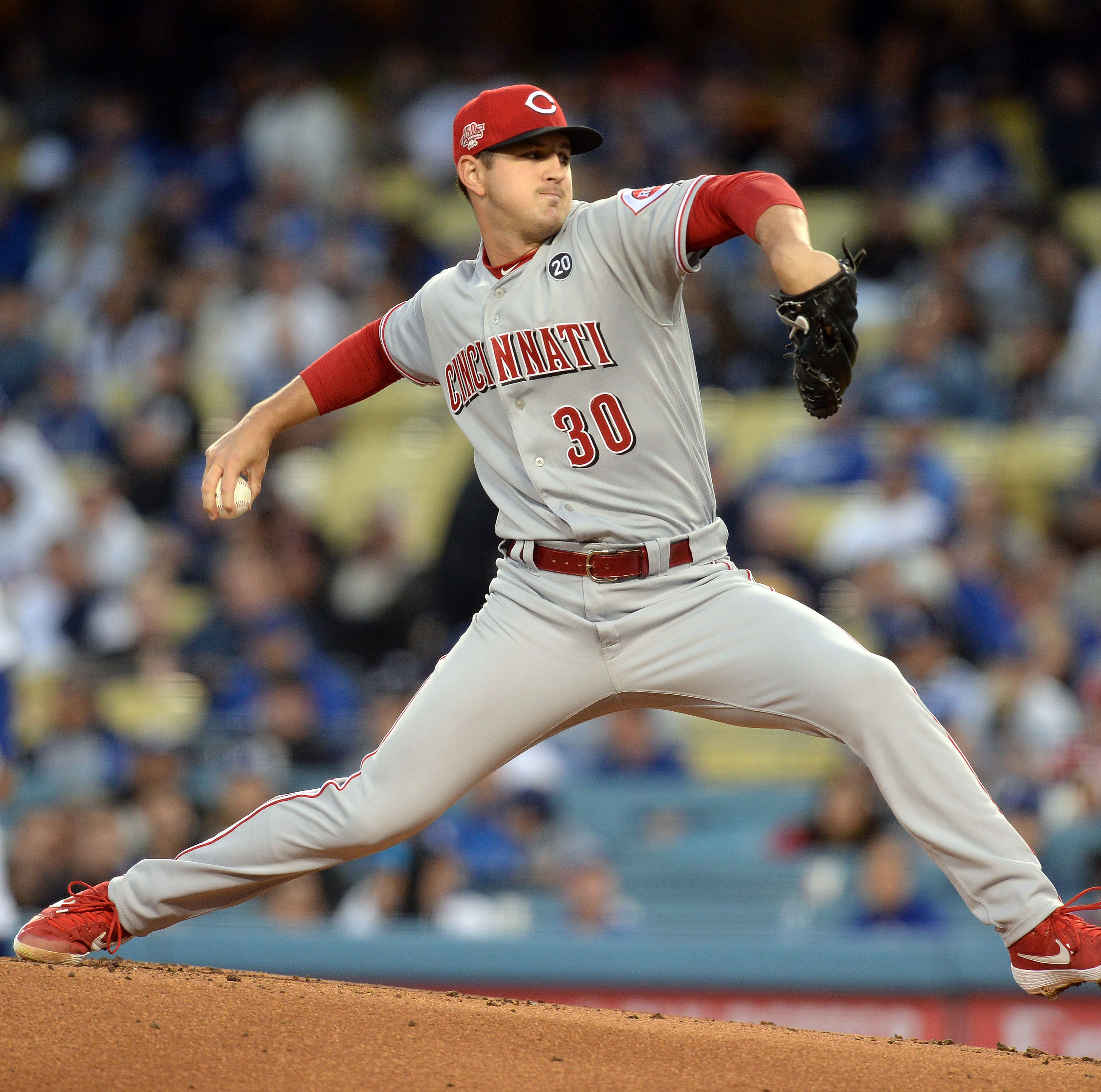 Cincinnati Reds drop their 3rd consecutive game in 6-1 loss to Los Angeles Dodgers