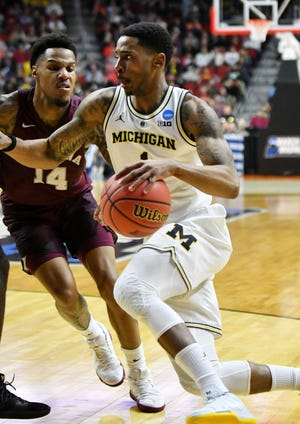 Charles Matthews, a redshirt junior,announced on Wednesdaythat he will forgo his final season of eligibility at Michigan and stay in the NBA draft.