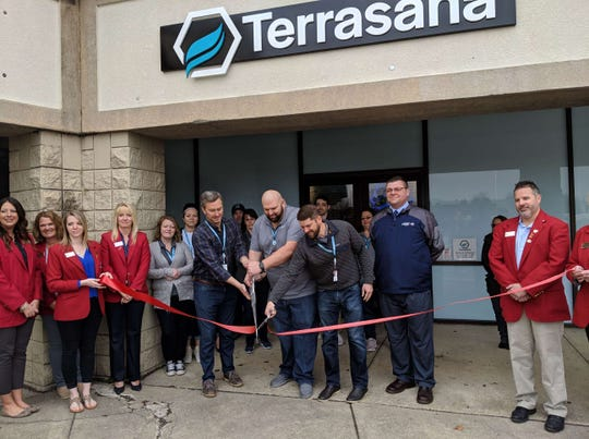 Long-delayed medical marijuana dispensary opens in Fremont