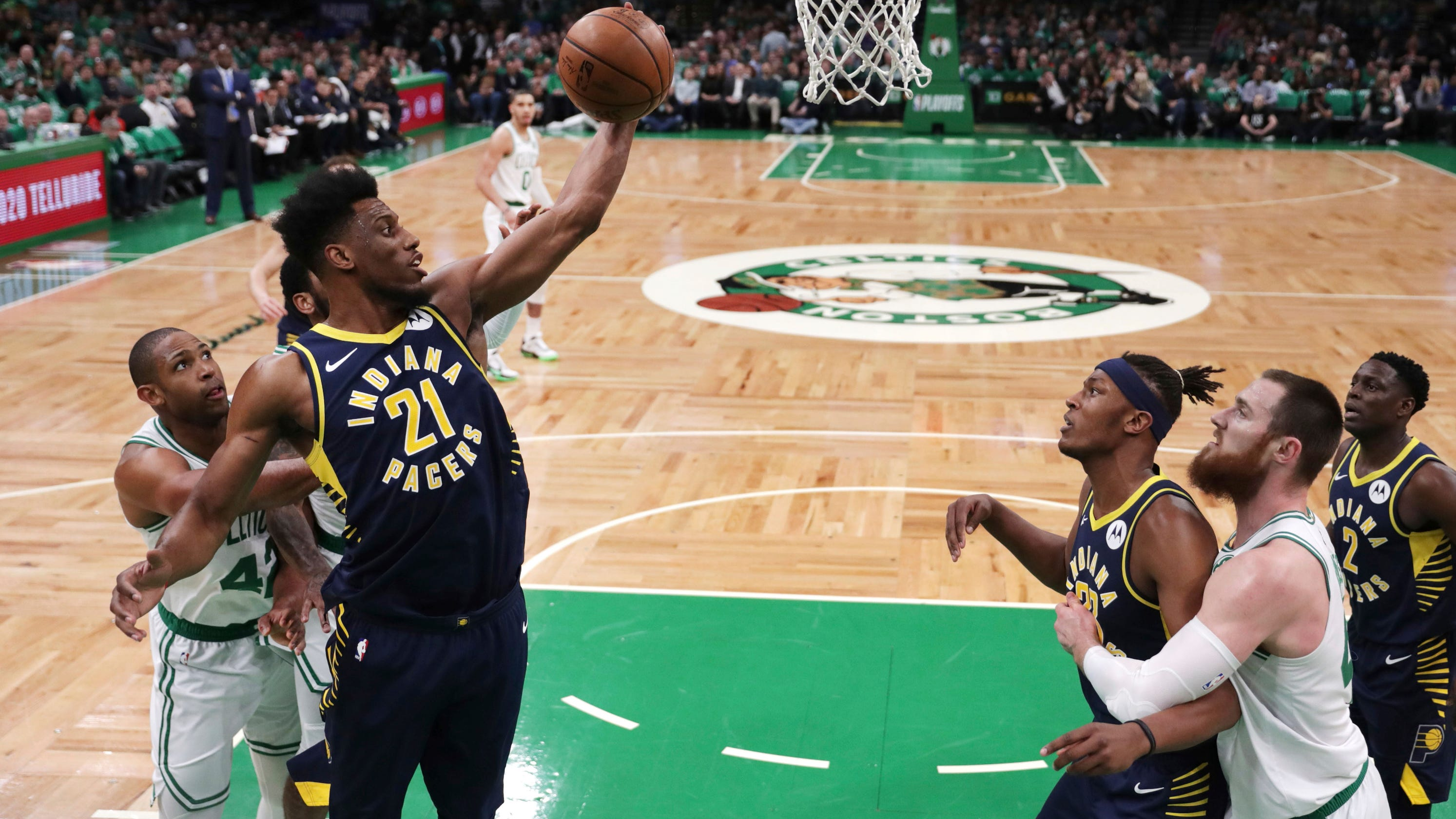 601865e36 Pacers squander 12-point 4th-quarter lead in Game 2 loss to Celtics