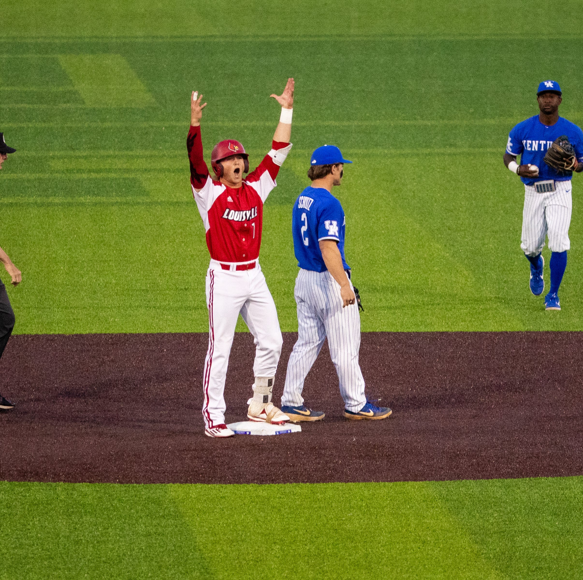 Louisville baseball offense continues surge in rout of Kentucky