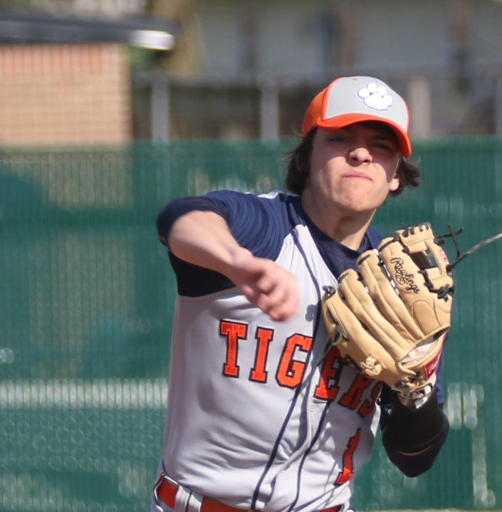 Galion Tigers shock Colts with 7-run 7th highlighted by Utz's grand slam