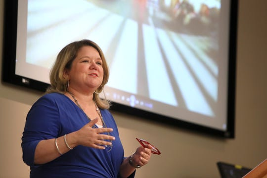 Jenny Robertson vice president of corporate communications for FedEx services, talks to students from the University of Memphis, during a day-long tour of the facilities at the Memphis based hub, on Wednesday, April 17, 2019.