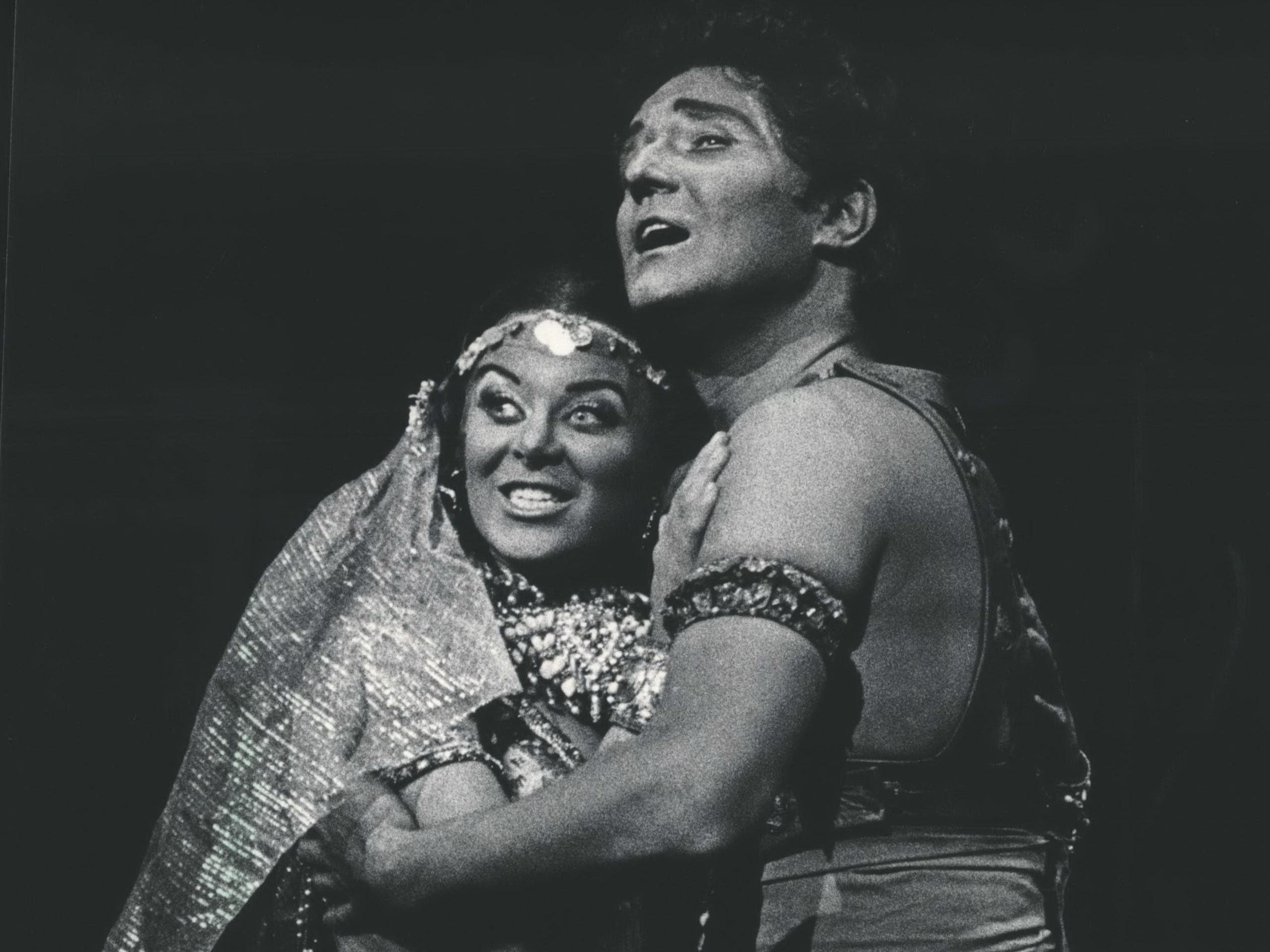 "Leila, the priestess of Brahma, played by Faith Esham, embraced her lover, Nadir, played by Barry McCauley, during the Florentine Opera's production of ""The Pearl Fishers,"" 1986."