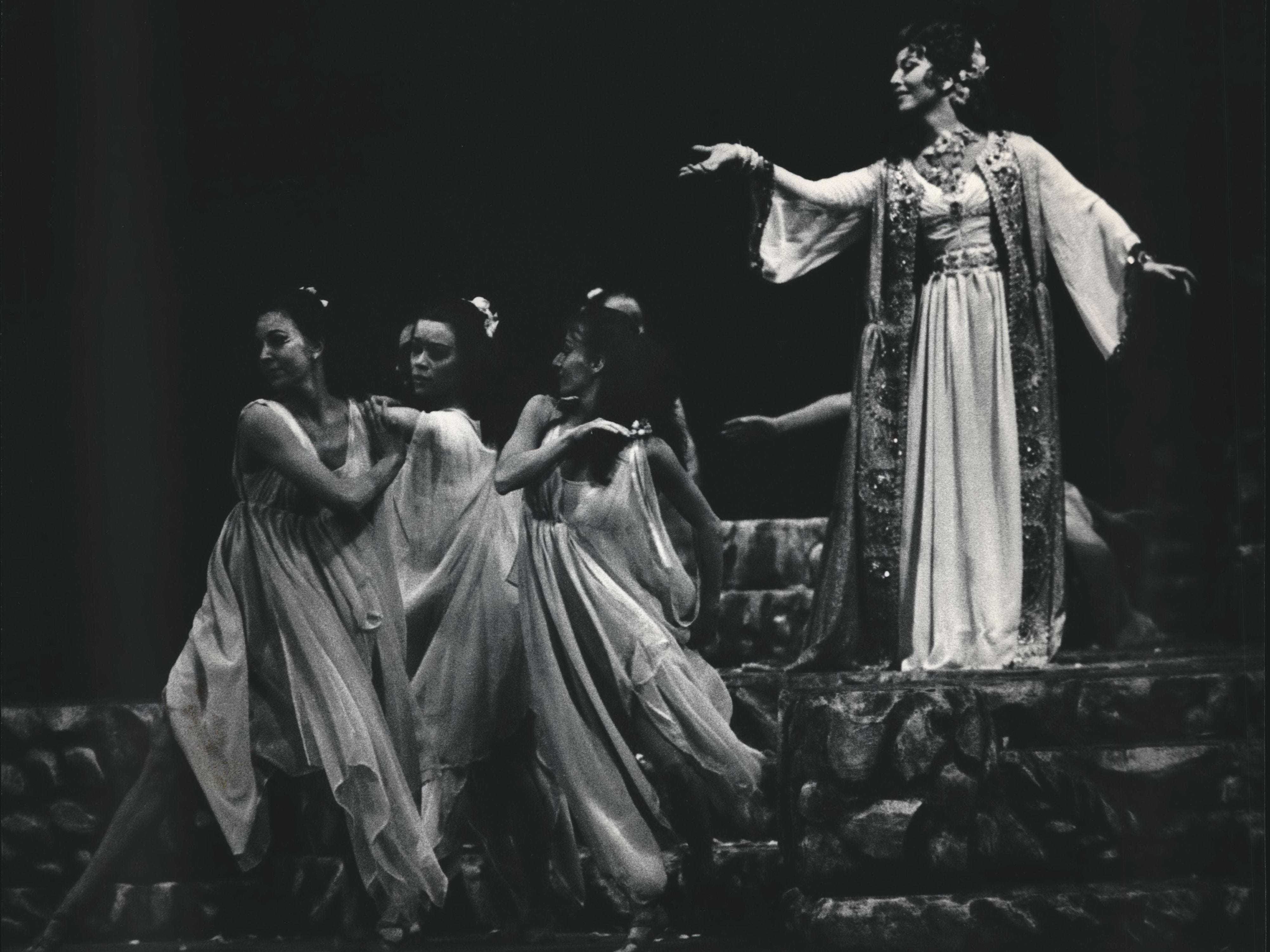 "Dancers led the way as Dalila, Mariana Paunova made her entrance in the Florentine Opera production of ""Samson et Dalila,"" 1983."