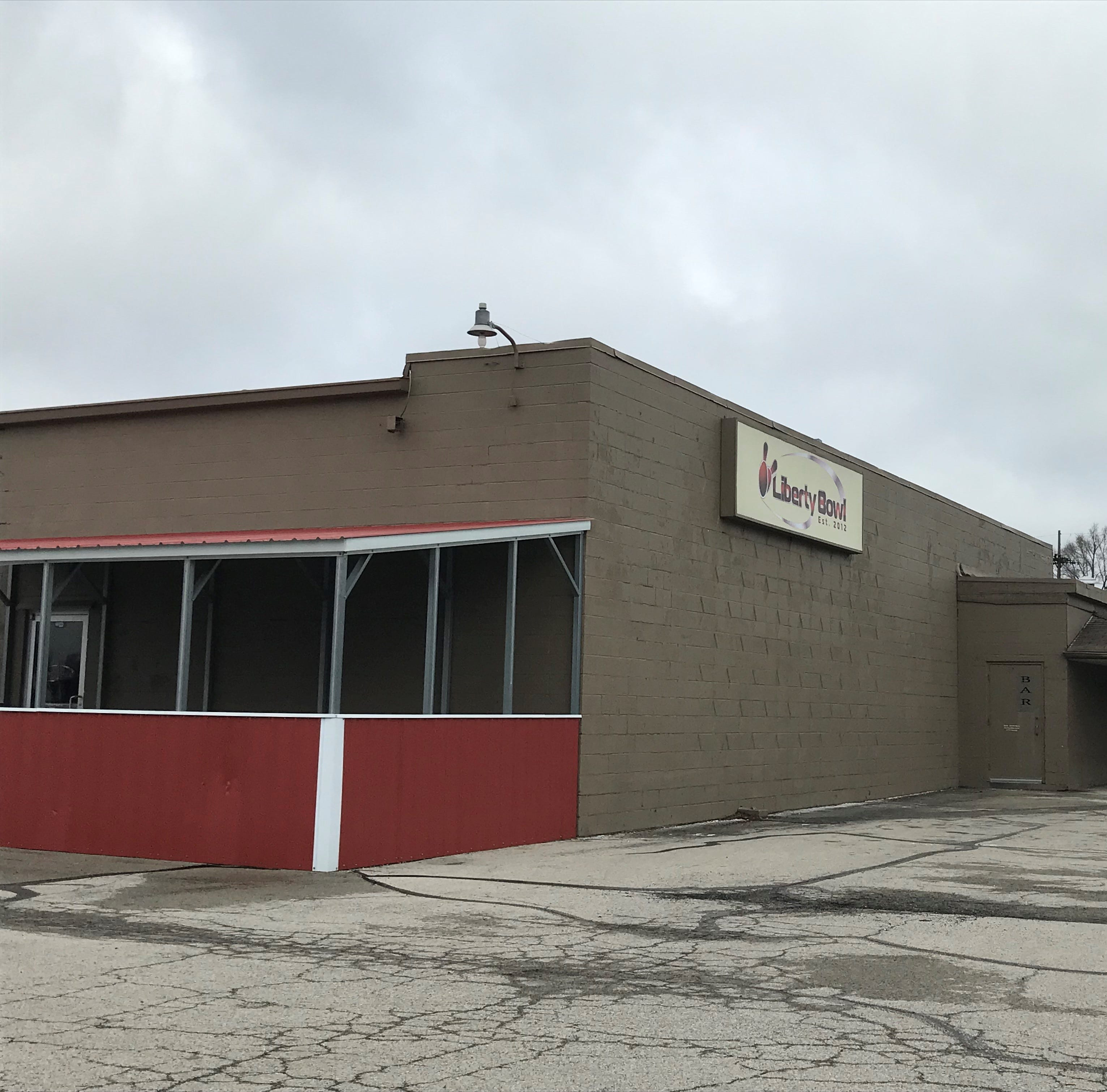 Longtime Muncie bowling alley Liberty Bowl has closed, property up for sale