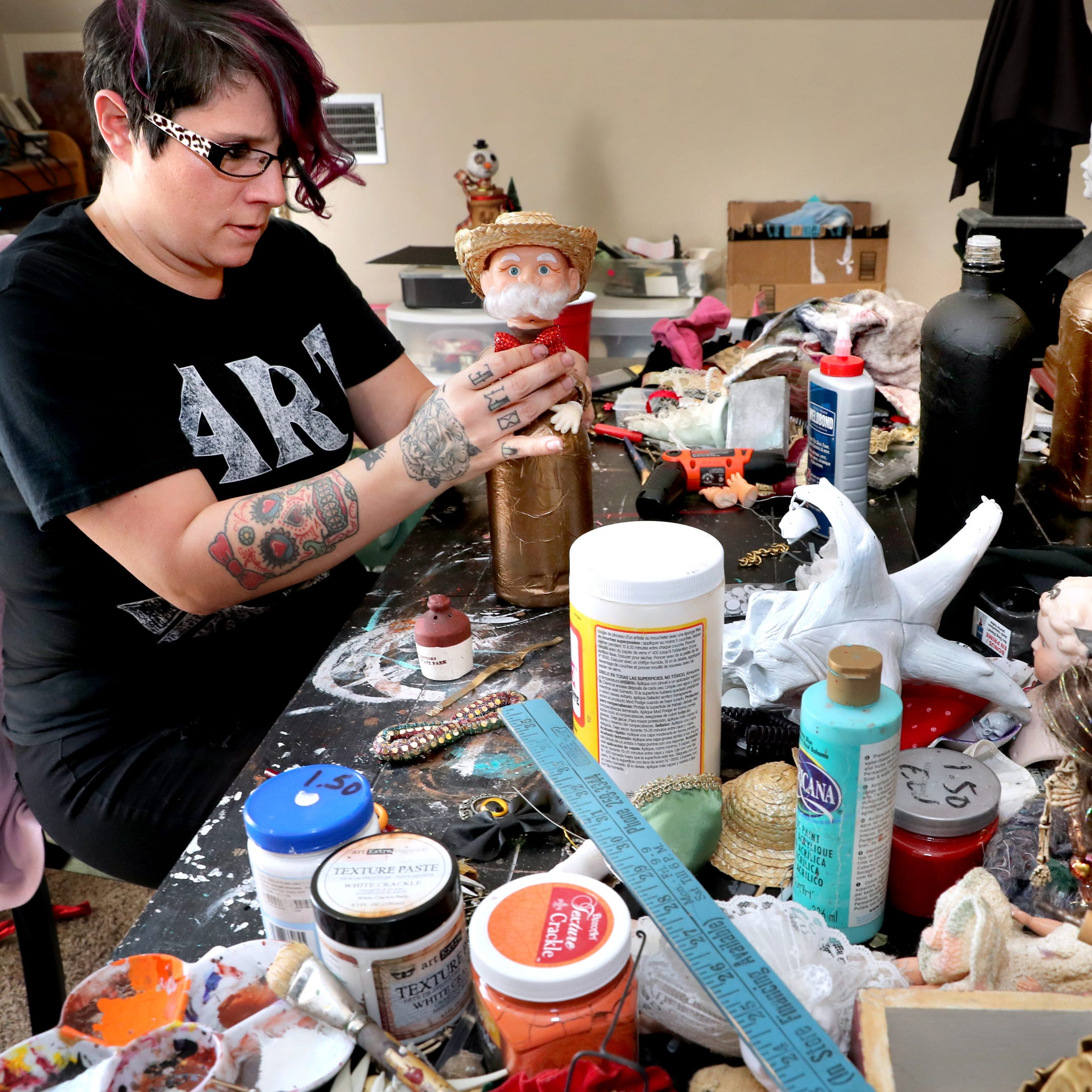 Murfreesboro artist transforms trash into macabre art