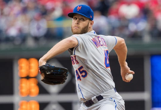 New York Mets starting pitcher Zack Wheeler (45) throws a pitch during the fifth inning against the Philadelphia Phillies at Citizens Bank Park.