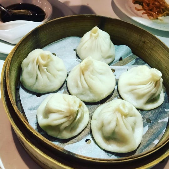 """Delicious """"Juicy Buns"""" at Cheng Du 23 in Wayne"""