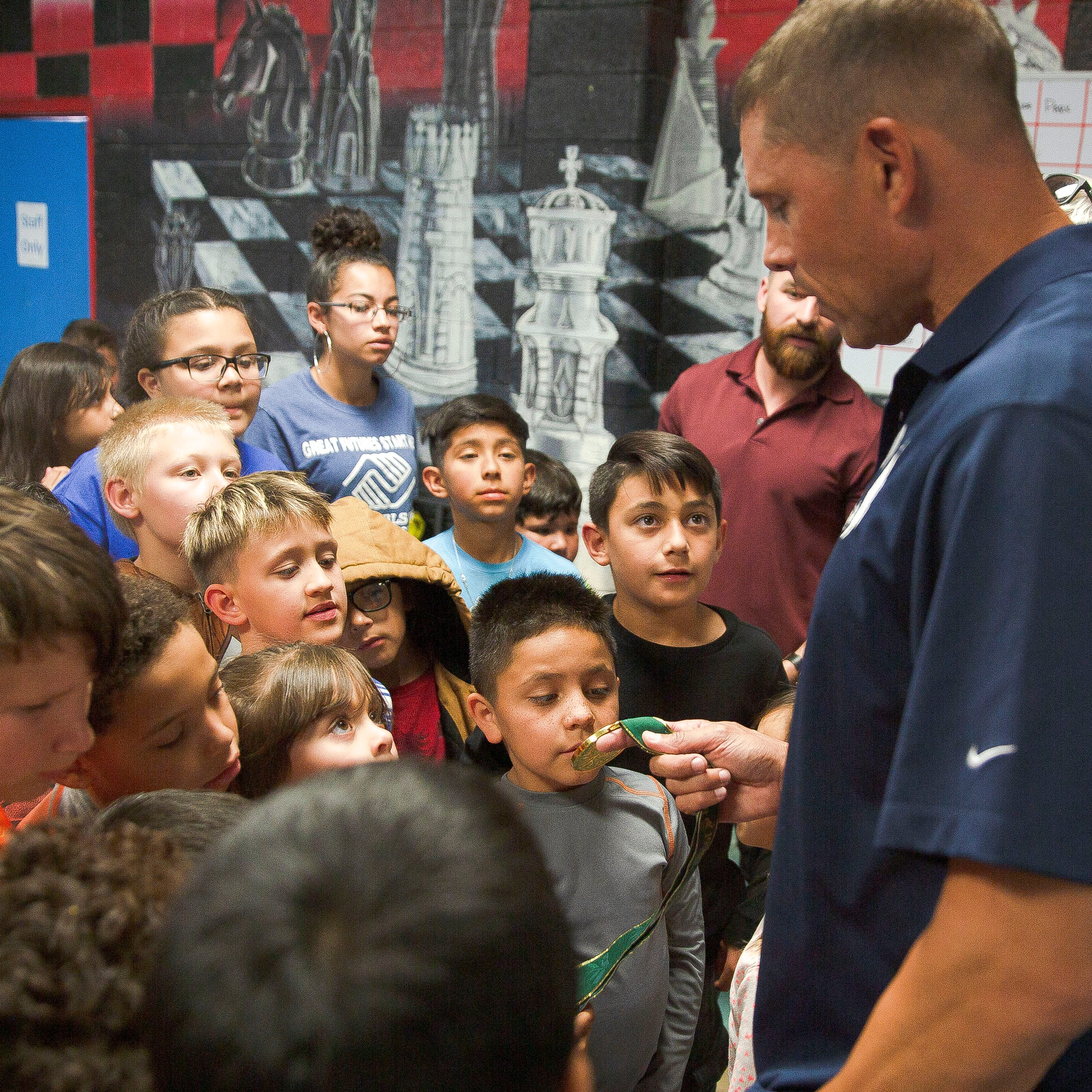 Olympic gold medalist Dan O'Brien concludes Las Cruces visit with Henson Breakfast talk