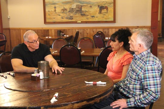 """Celebrity chef Robert Irvine heads to  Copper Steer Steakhouse in Safford, Arizona in the new season of """"Restaurant: Impossible"""" on Food Network."""