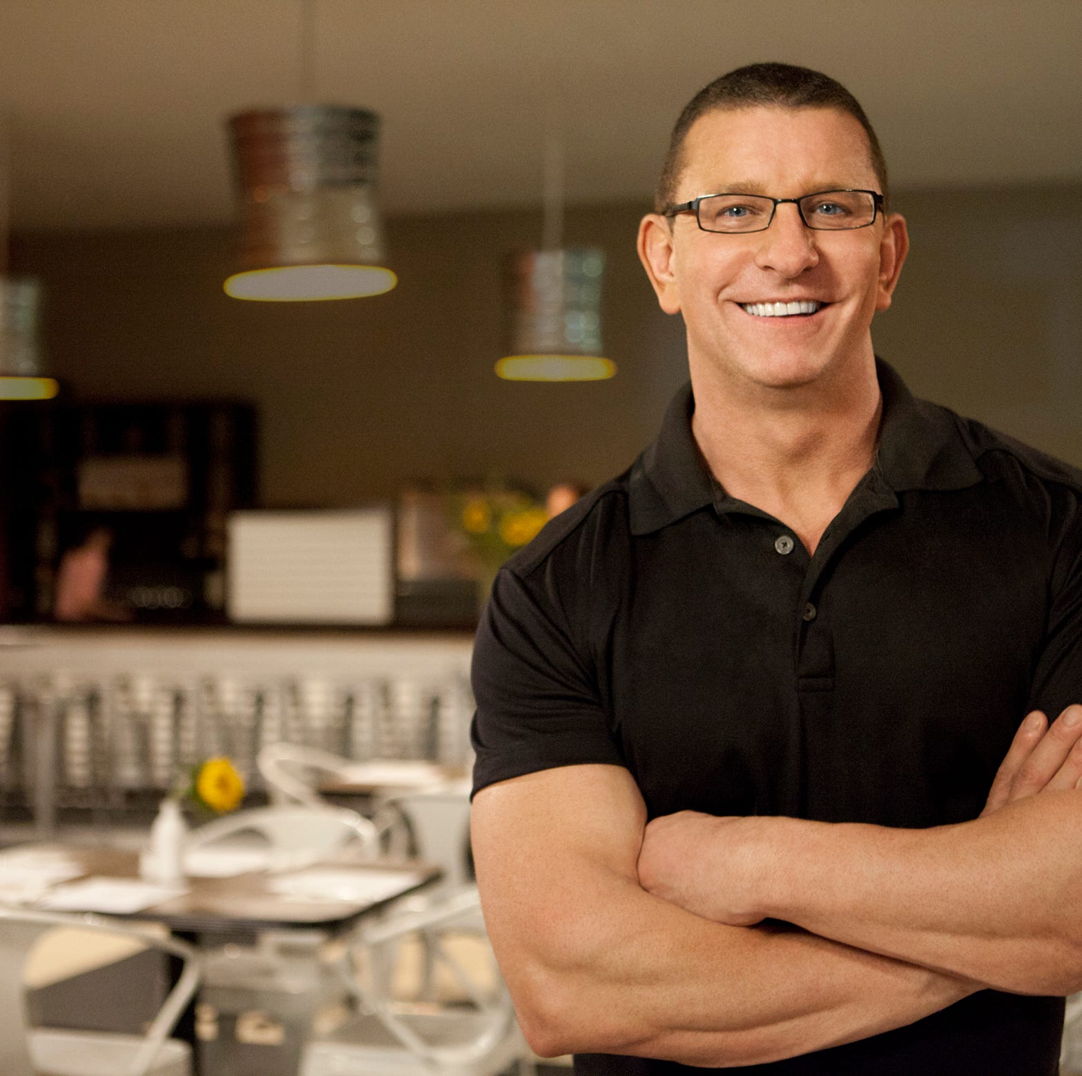 How Food Network's Robert Irvine made this Arizona steakhouse into an 'unbelievable restaurant'