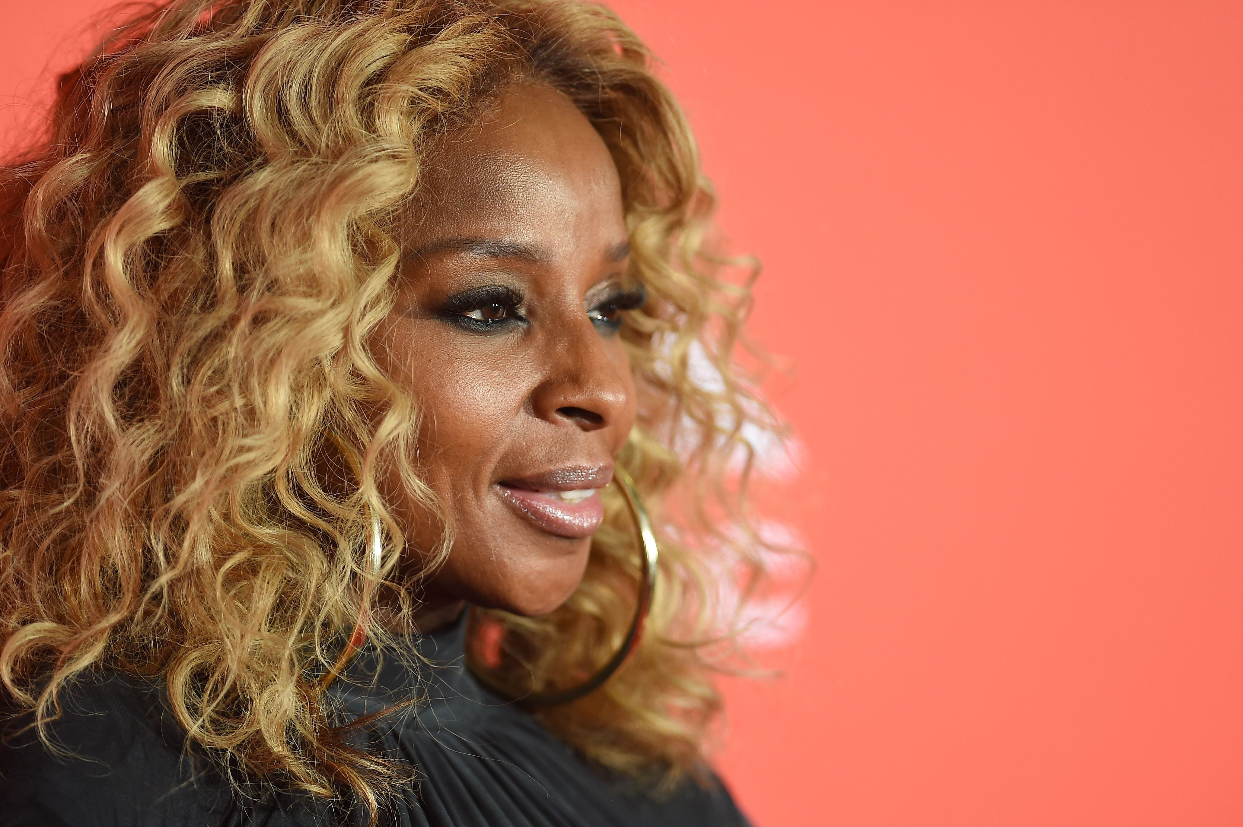 Concert announcements for Phoenix: Mary J. Blige, Nas, Jackie Evancho, Rascal Flatts, Wayne Newton