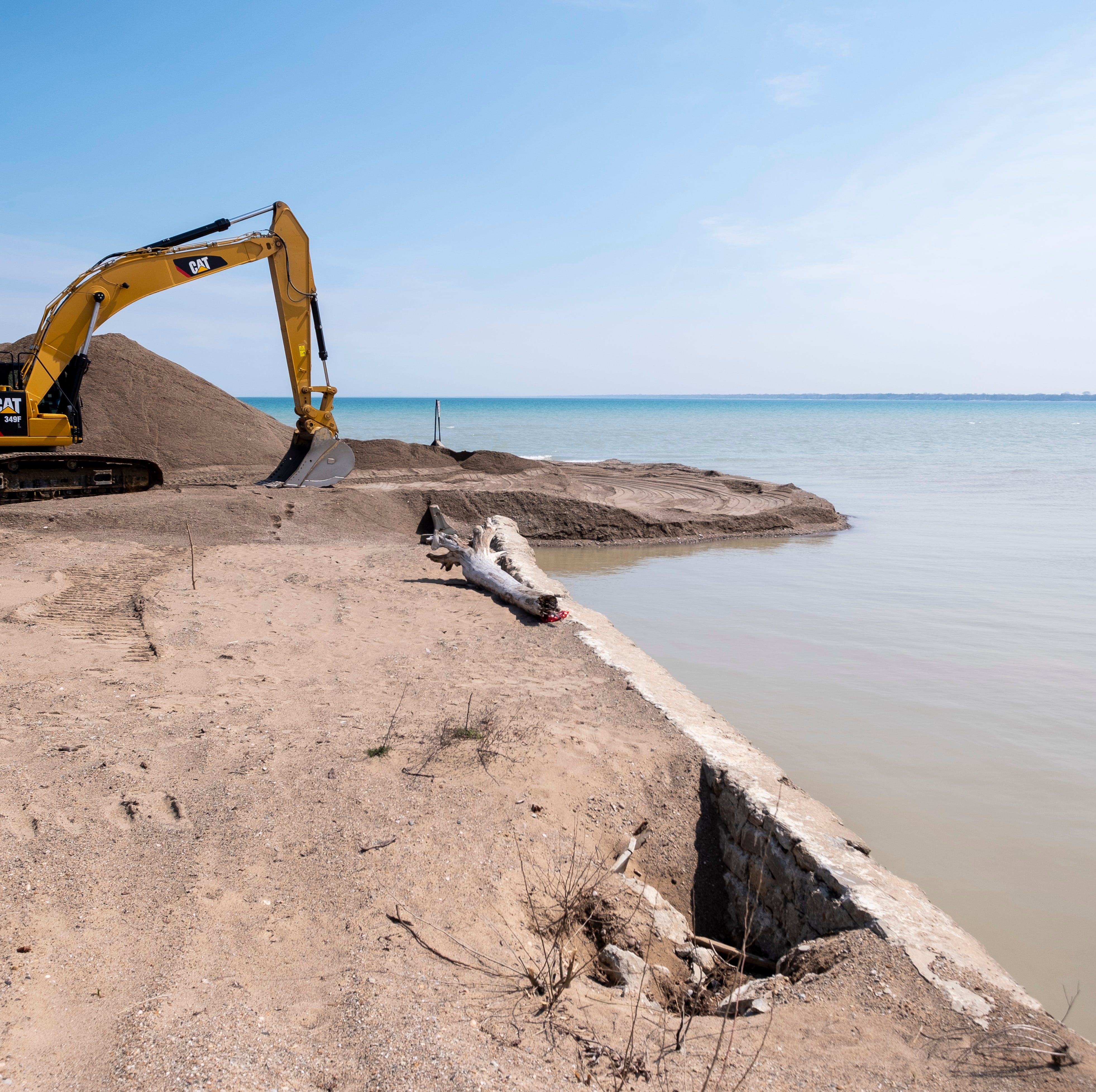 Black River Canal dredging begins in Port Huron