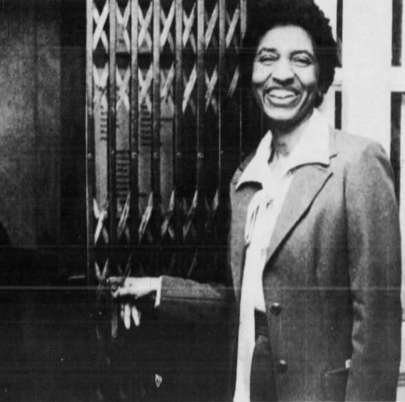 Photo, elevator doors in moviehouse will honor Lula Petty, 91, and her history at Sperry's