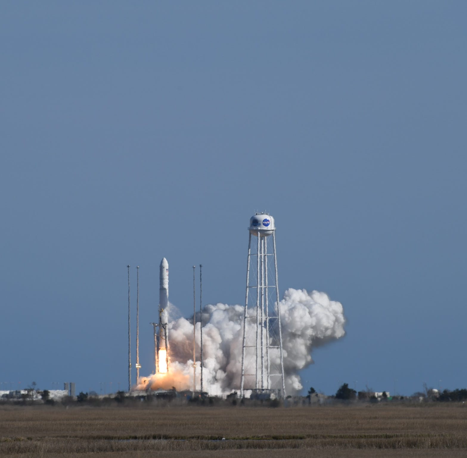Crowds mob successful daytime rocket launch from NASA Wallops