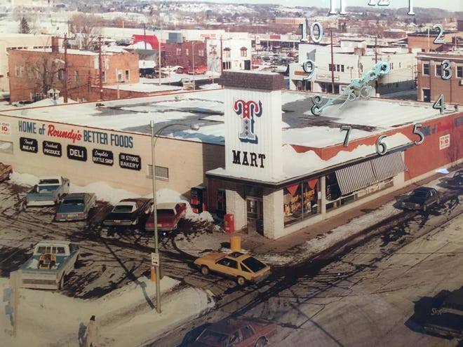 T-Mart, a locally-owned grocery store, used to be in the building where Rainbow Coin Laundry was before the laundromat burned in a fire early on a Tuesday morning in April.