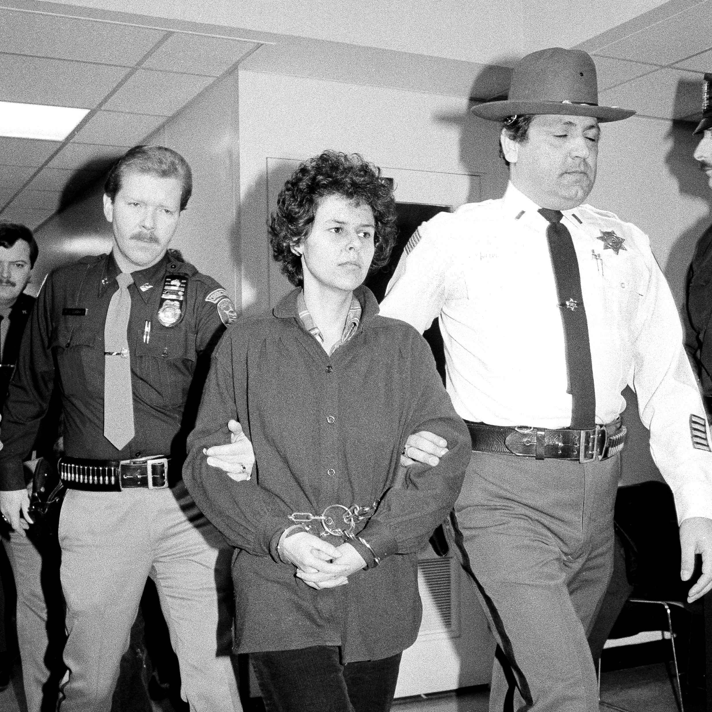Brinks: Judith Clark granted parole in 1981 robbery-murders