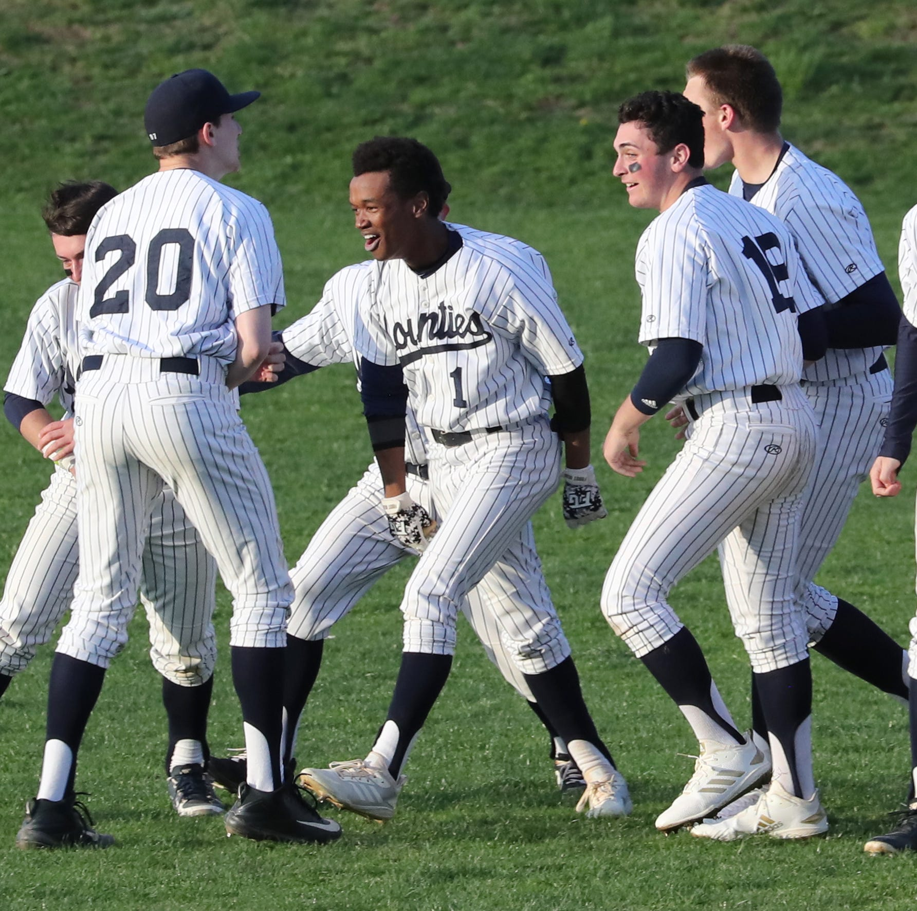 Baseball: Dodson's clutch hit backs up Scanlon's strong pitching to keep Suffern unbeaten