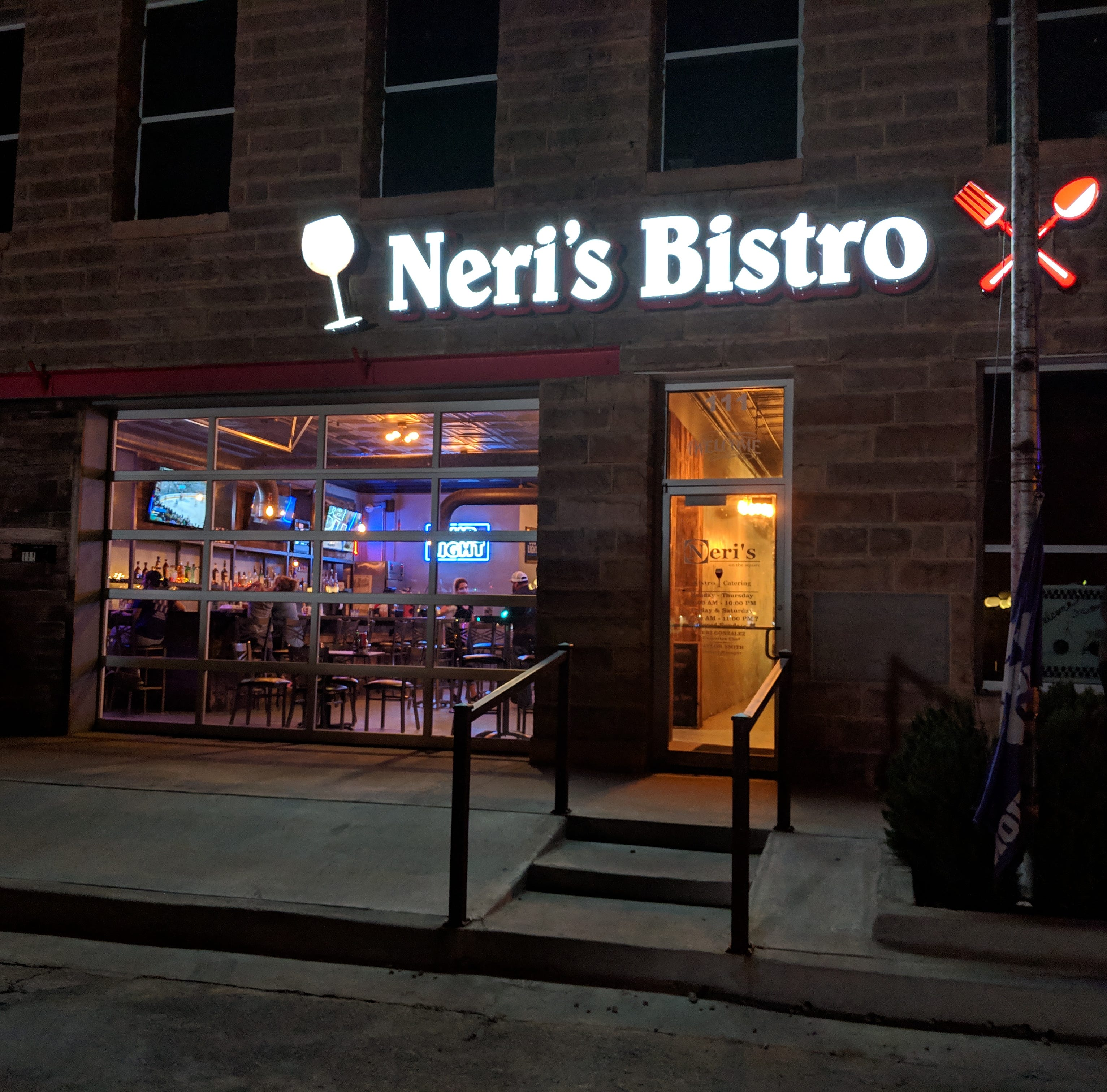 Neri's on the Square worth a stop when in Jacksboro