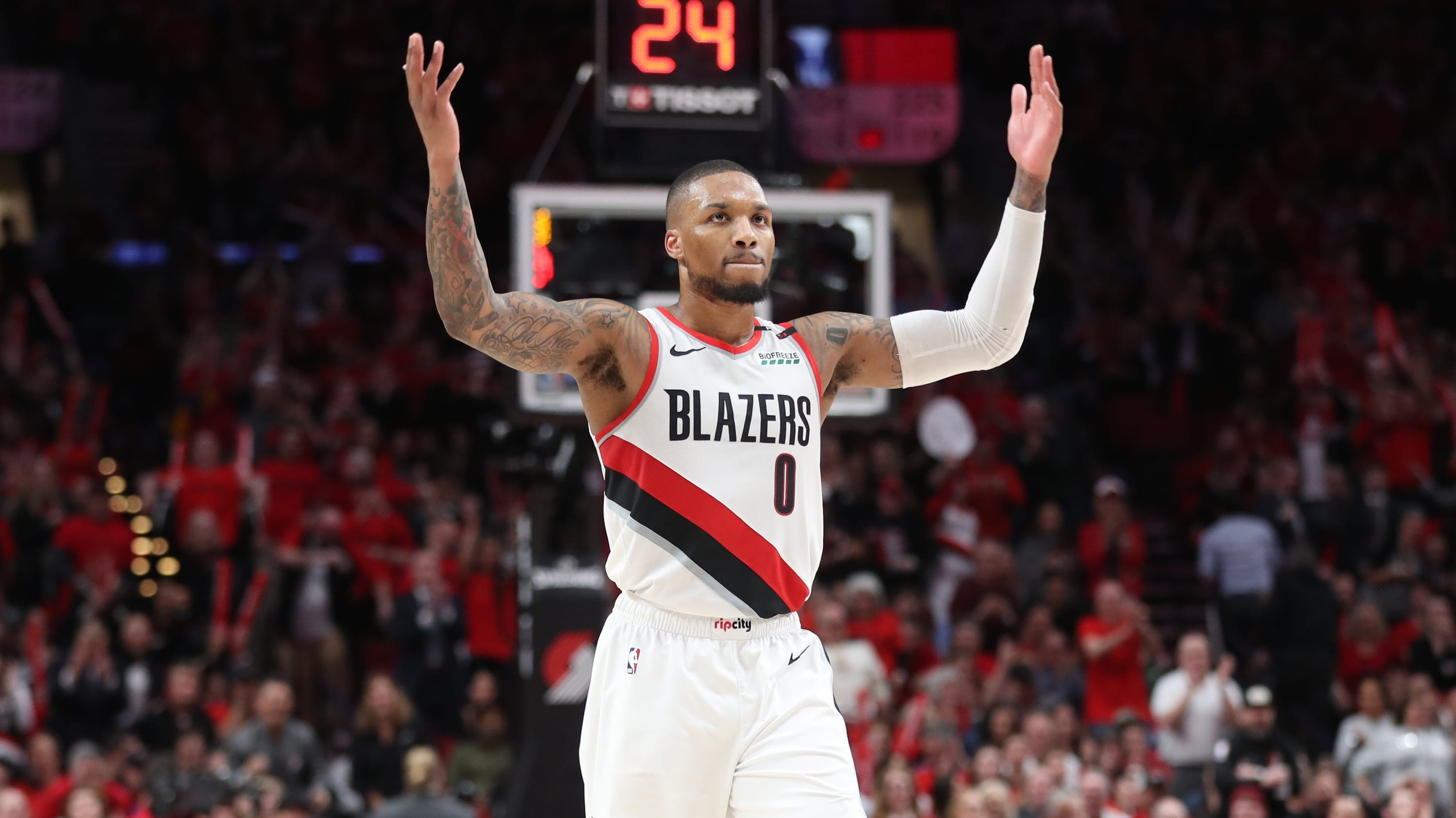 7600c58a63d NBA playoffs  Blazers take 2-0 series lead on Thunder