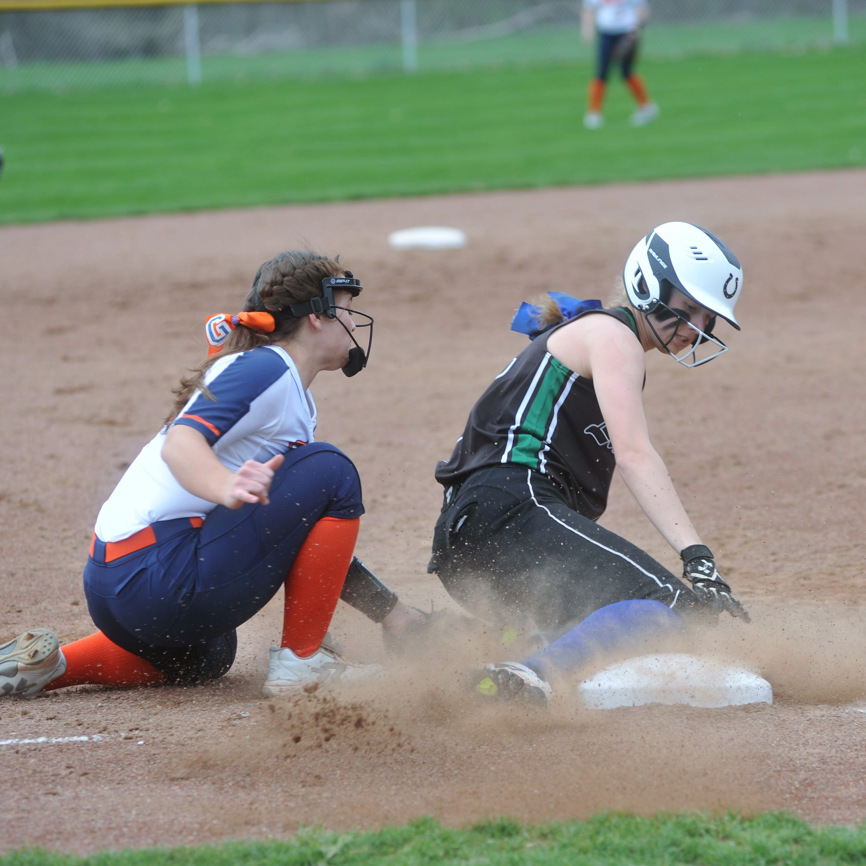 Lady Tigers sweep Clear Fork to shake things up in the MOAC