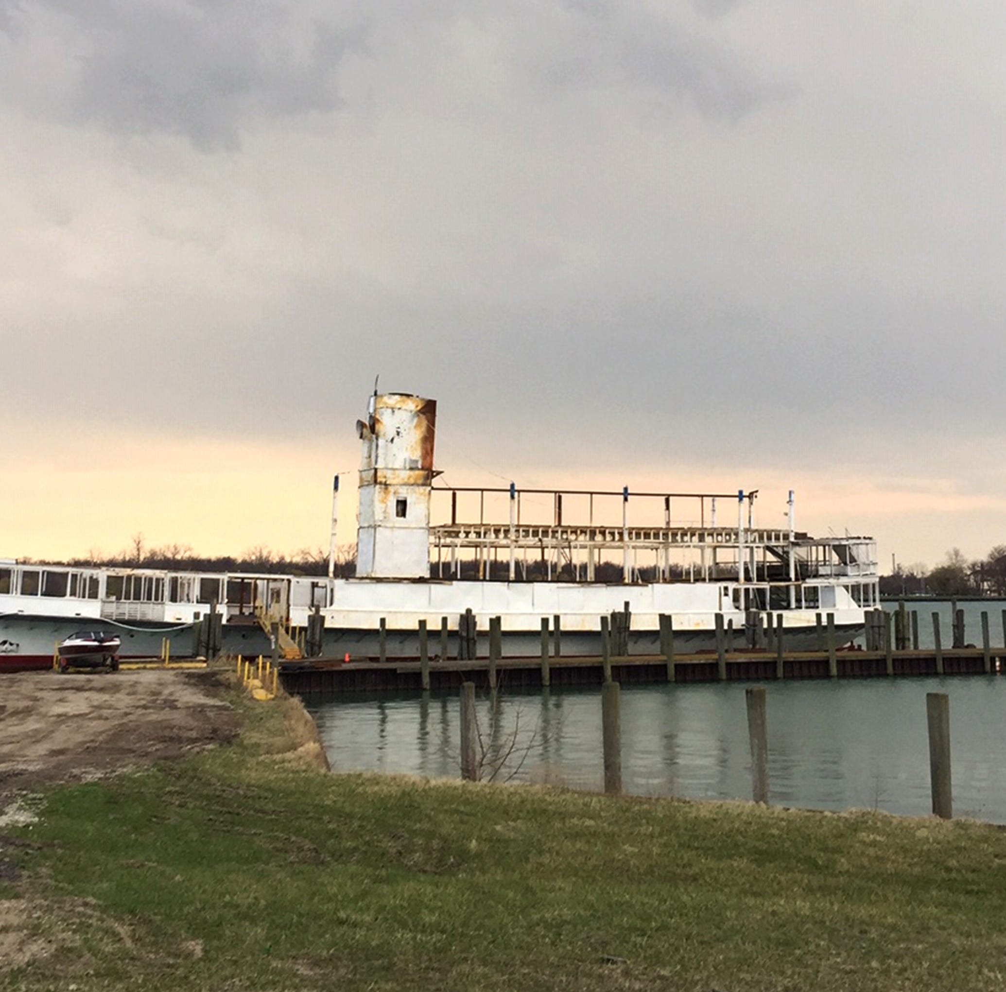 Small fire breaks out on SS Ste. Claire, former Boblo Boat