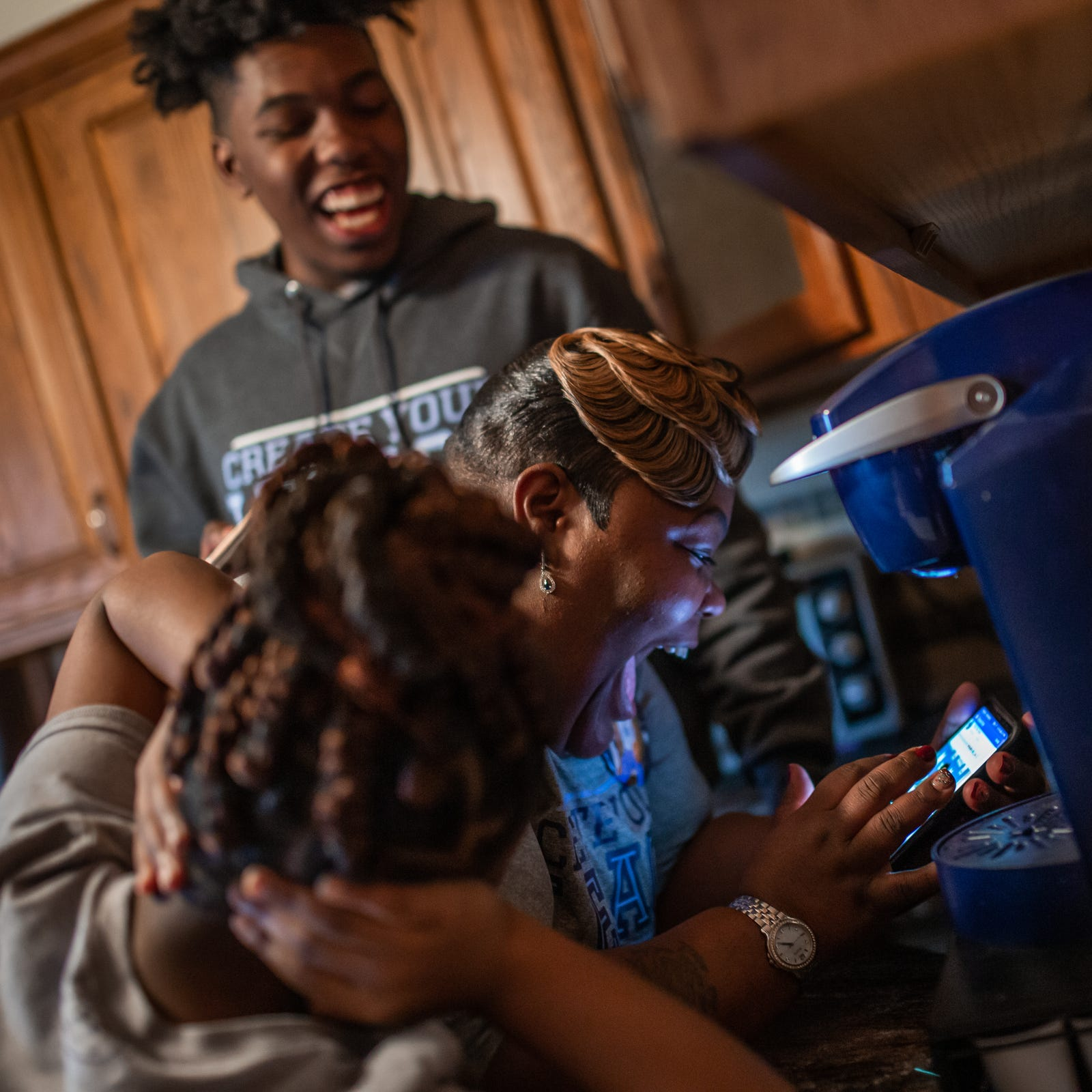 How prep football star, who lived in a shelter, became hero among us