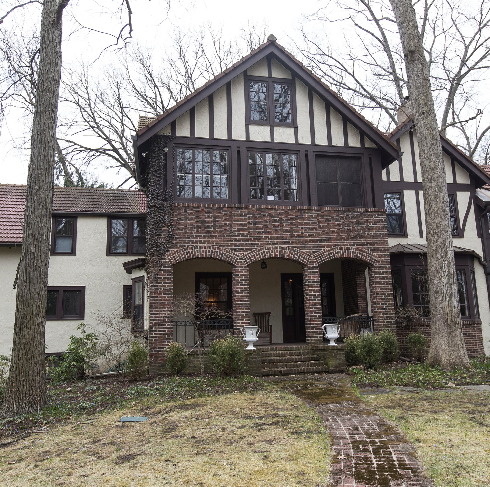 $1.9M Tudor in Ann Arbor retains many of its 1915 quirky features