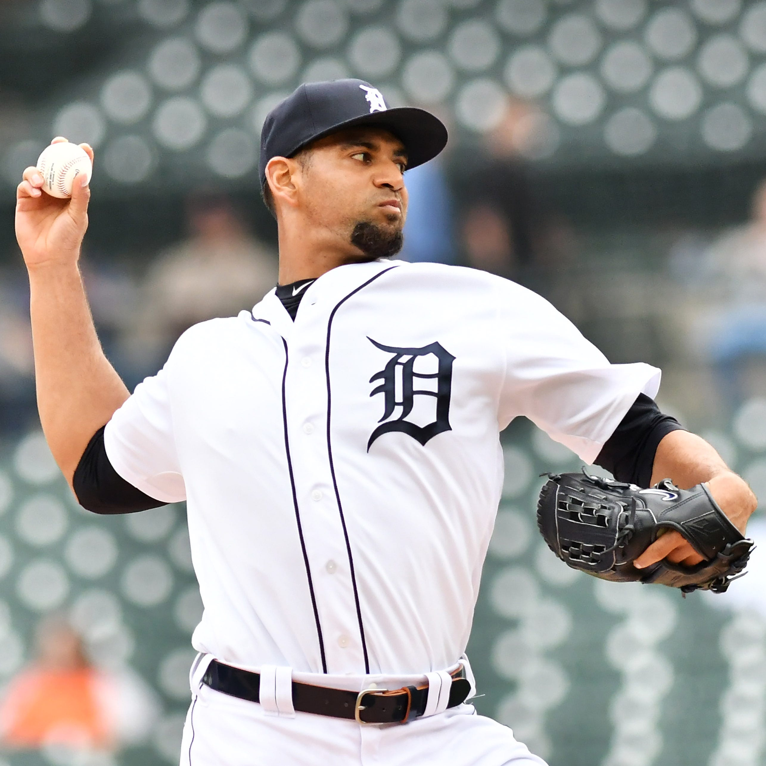 Tigers deal with more rotation juggling; Josh Harrison lands on IL