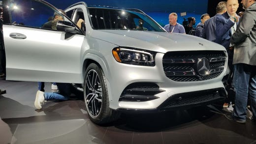 Mercedes GLS at the 2019 New York Auto Show.
