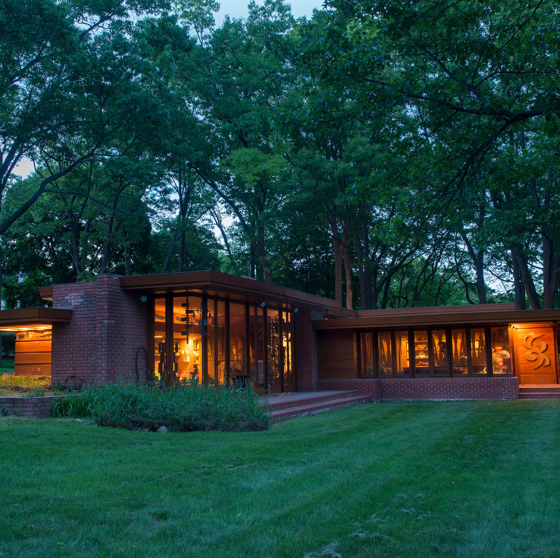 Visit or stay in some of Frank Lloyd Wright's homes in Michigan