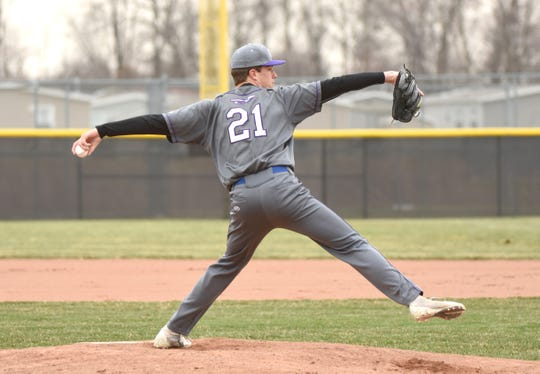 Woodhaven High  pitcher Colin Czajkowski will play at Michigan.