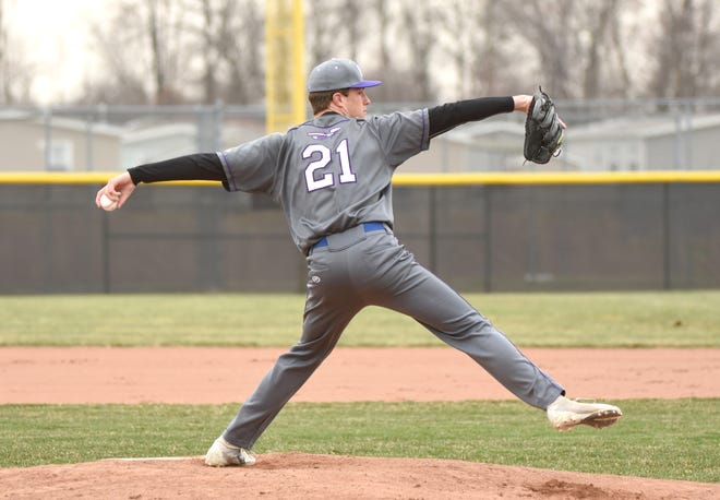 Woodhaven High  pitcher Colin Czajkowski will play at Michigan.