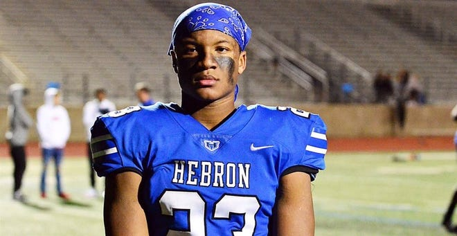 Darius Snow, a four-star safety from Texas, committed to Michigan State on Wednesday night.