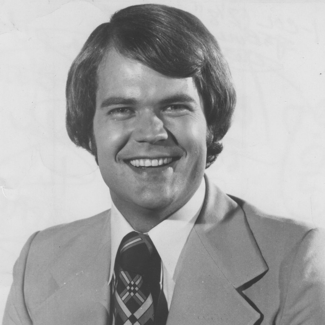 Sportscaster Chet Coppock, who got his flamboyant start in Indy, dies after car crash
