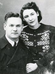 Max and Mira Kimmelman in a May 1946 wedding photograph.