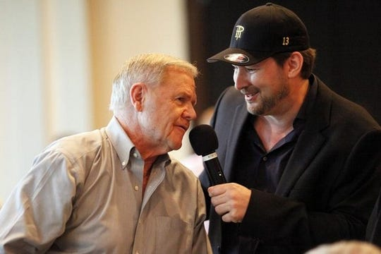Former University of Louisville basketball coach Denny Crum and professional poker player Phill Hellmuth at Vegas in Ville