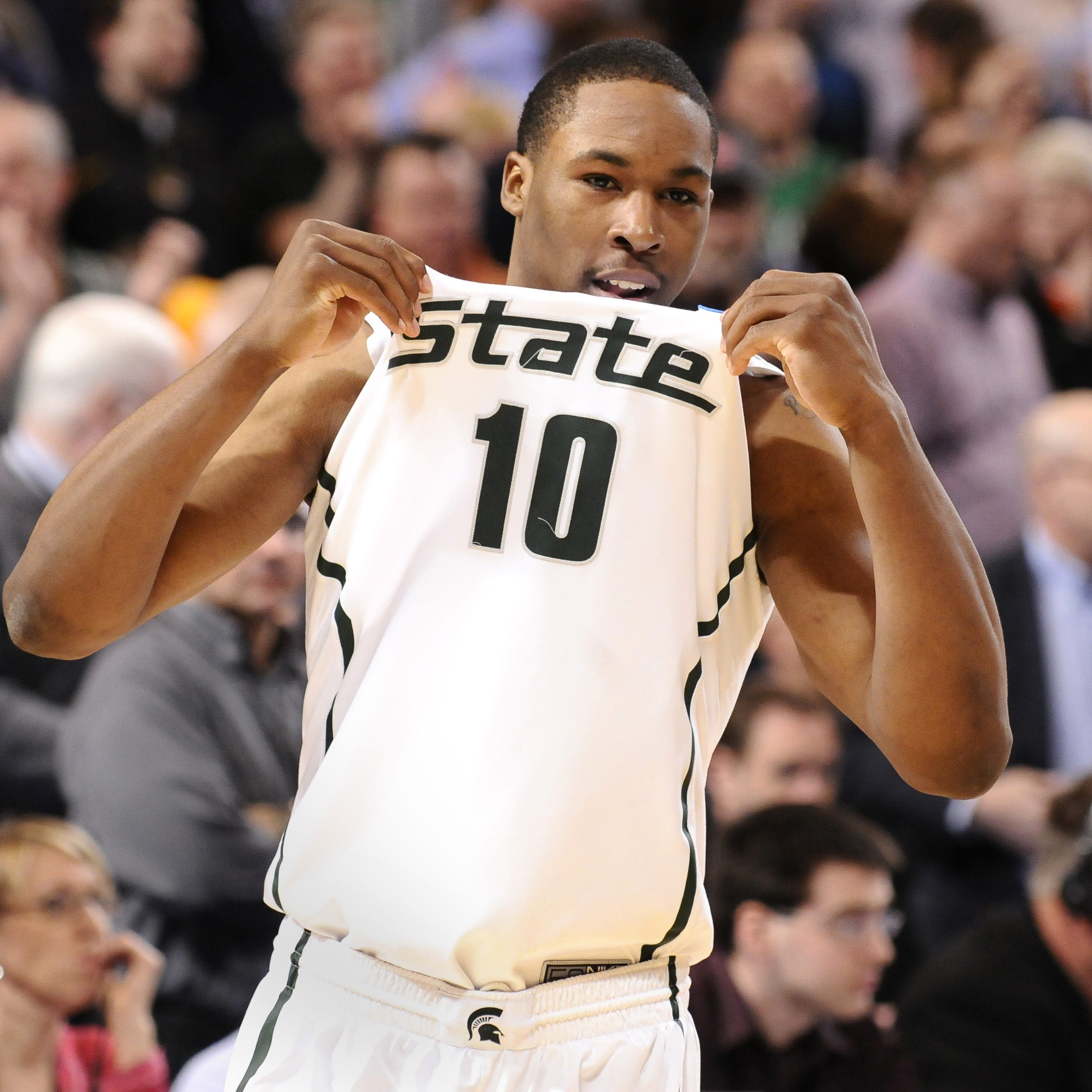Hardwood to Hollywood: Former MSU hoops star Delvon Roe's new show premieres Tuesday