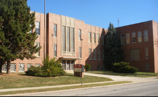 The former Carleton Elementary School would be converted into apartments under a new proposal.