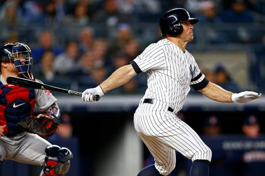 The Yankees' Brett Gardner watching his seventh-inning grand slam against the Red Sox on Wednesday.